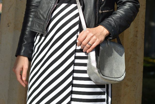 Kolonnadenhof, Berlin – Striped Skirt Winterproof