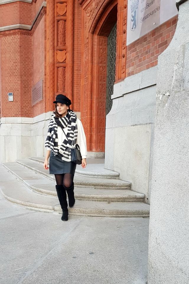 Winter Outfit - me-made sweatshirt pattern 129 Burda 08/2013, black vintage leather skirt, striped Zara scarf, black bakerboy cap, black bag, black OTK boots ... Sewionista.com ... Sewing ... Slow Fashion ... DIY
